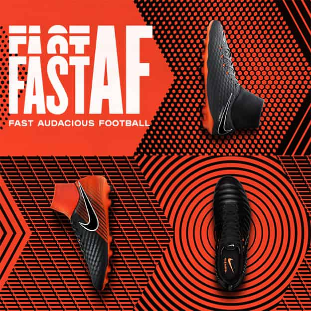 NIKE Fast Audicious Football Pack